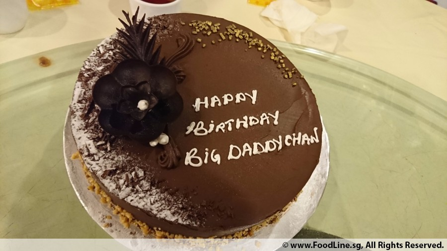 Signature Chocolate Etoile Eggless 50 Weight 1 Kg Qty Of Big Candles Small 0 By Ms Patricia Birthday Event On 15 Oct