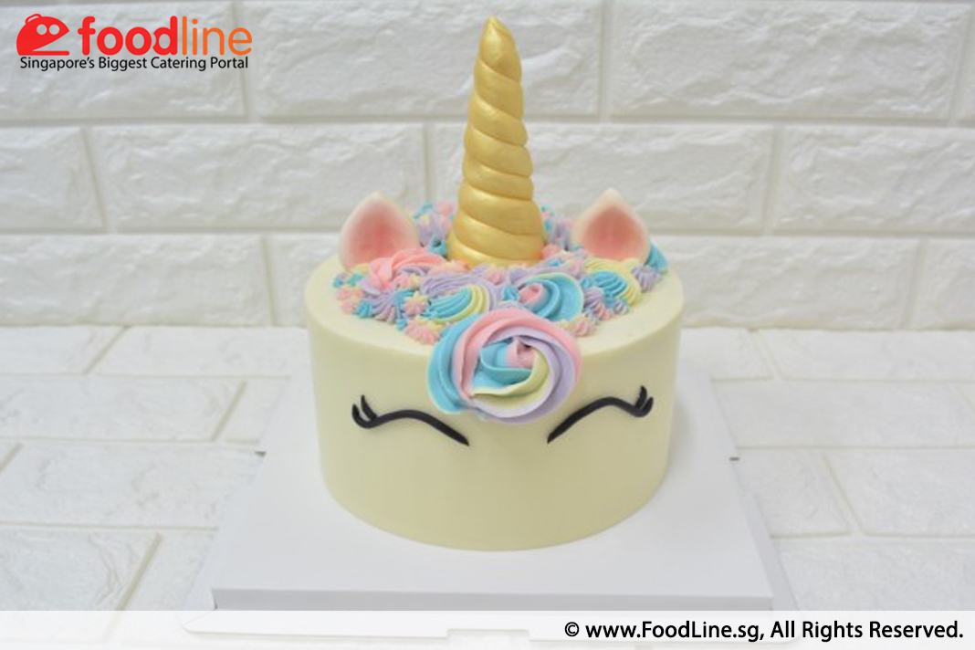 Have A Mythical Themed 21st Birthday Party And Not Sure What Cake Would Go Well Consider This Unicorn By Bakers Boulevard Highly Raved Bakery With