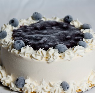 Heaven Premium Ice Cream Cake Review