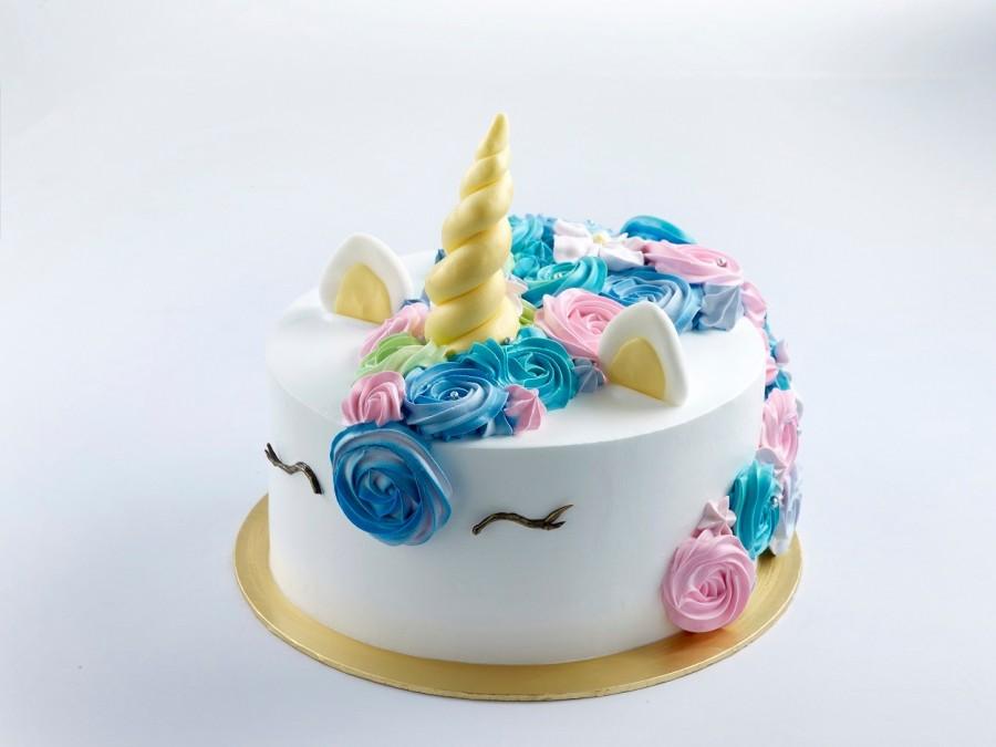 Unicorn Cake 15kg At 6800 Per