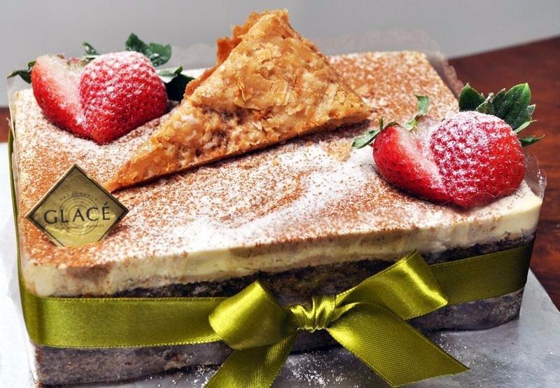 Patisserie Glace - Cake Menu